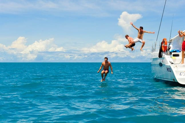 Whitsunday Yacht Charters: Great for Backpackers