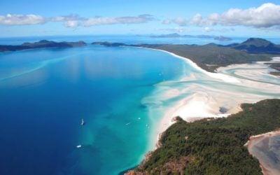 Choosing the Whitsundays Vs. Gold Coast