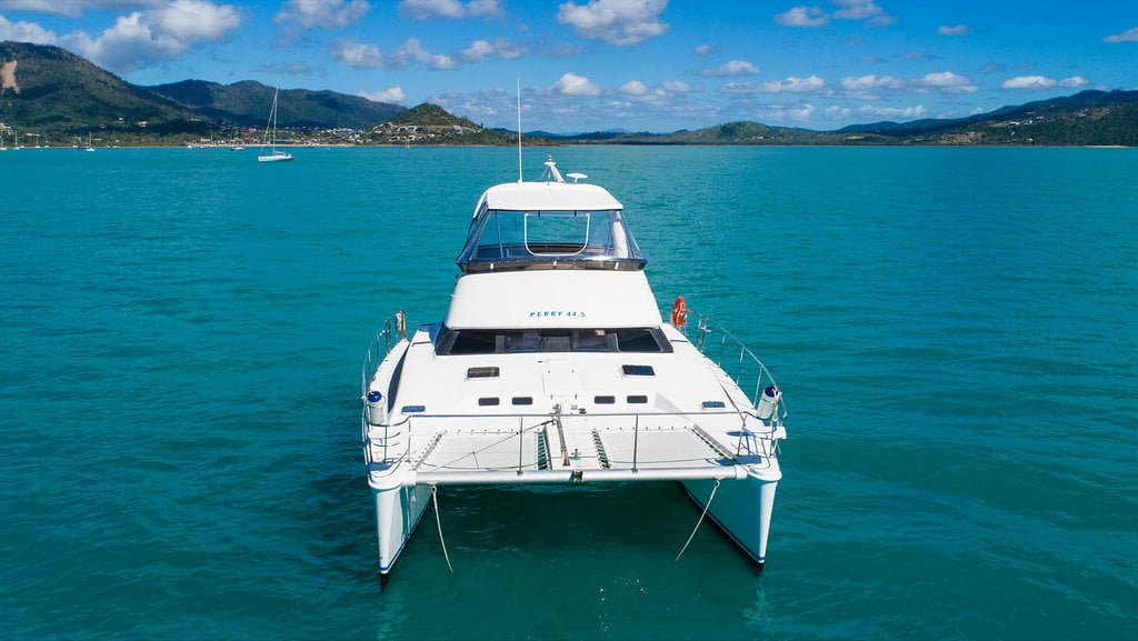 Power Boat Hire Whitsundays - Queensland Yacht Charters