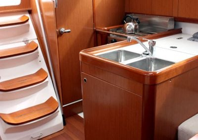 Yacht Charter Whitsundays Beneteau Oceanis 31 Galley 3