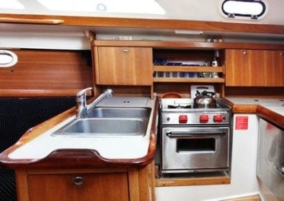 catalina-350-galley
