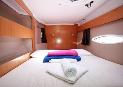 fountaine-pajot-lipari-41-starboard-forward-cabin