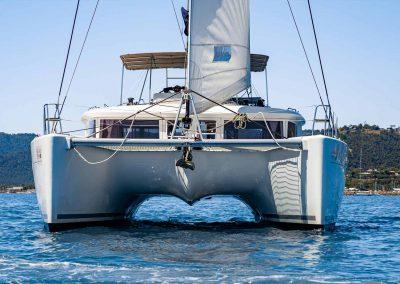 lagoon-450-fidelio-exterior-bow