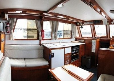 sundecker-36-galley