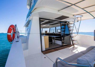 pluton-deck-angled