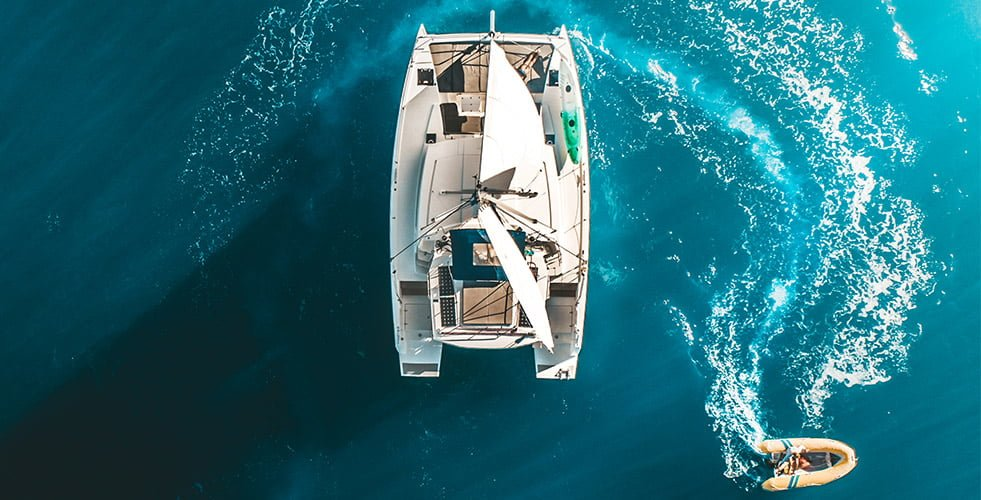 Whitsunday Yacht Charter - Bareboat Sailing | Queensland
