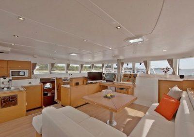 32513_2012_lagoon_Catamaran_500