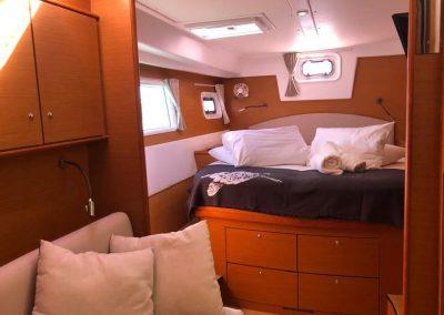 lagoon-500-flyaway-Master Cabin