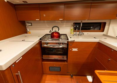 Beneteau-51.1-Interior-Kitchen