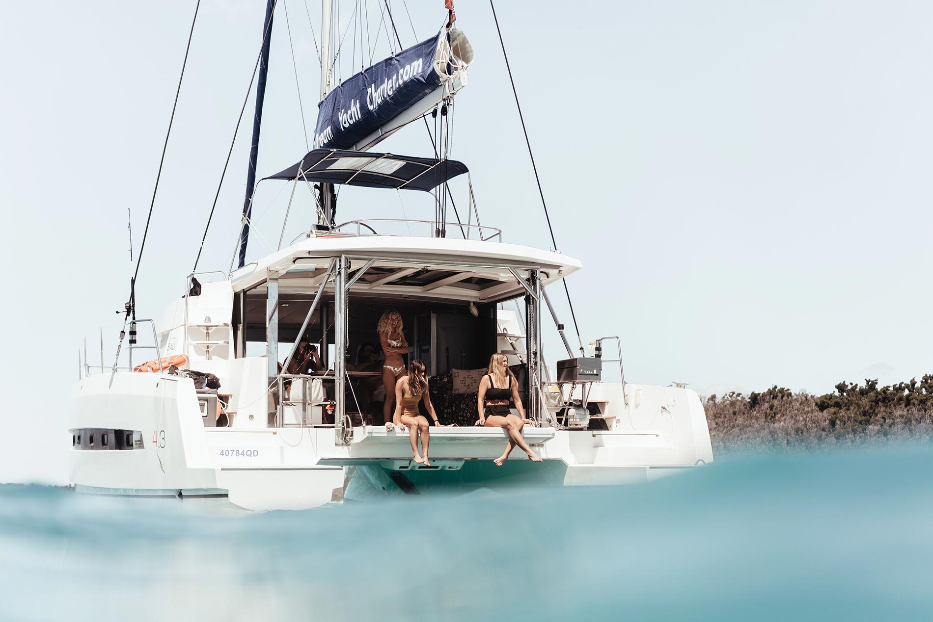 Luxury Boat Hire Whitsundays - Queensland Yacht Charters